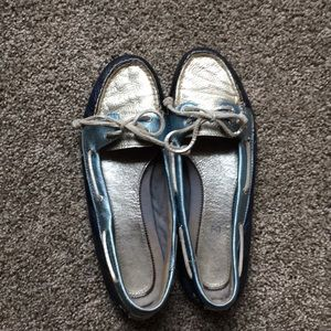 Women's size 8 blue and silver Sperry flats